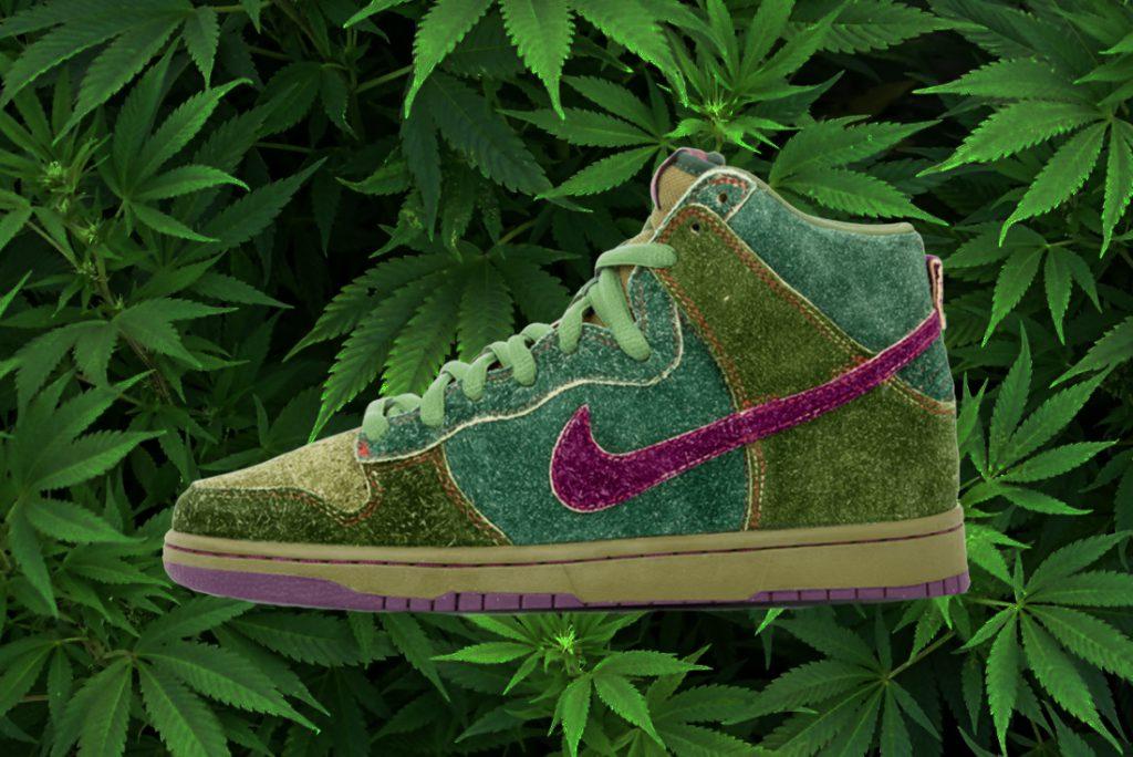 NIKE-weed-sneakers-skunk